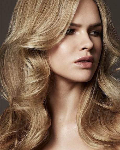 Tagli capelli lunghi 2019 donne