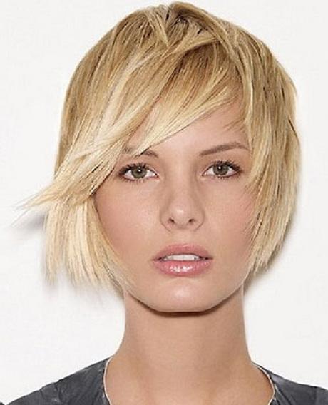 Tagli di capelli medio corto