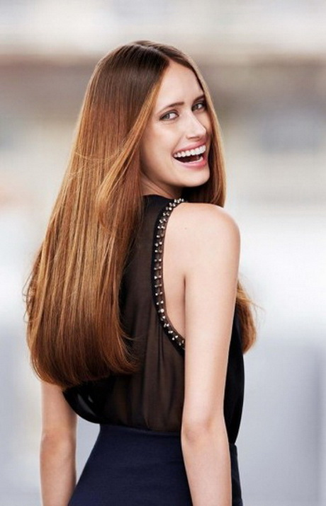 Taglio di capelli lunghi pari