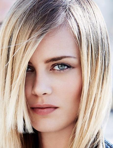 Tagli capelli medi lisci 2016