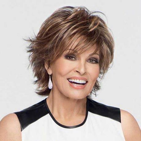 Taglio di capelli per donne cinquantenni